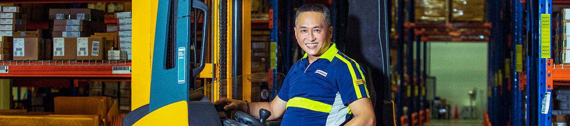 DB_Schenker_M58_Professional Blue Collar Male_Forklift Driver