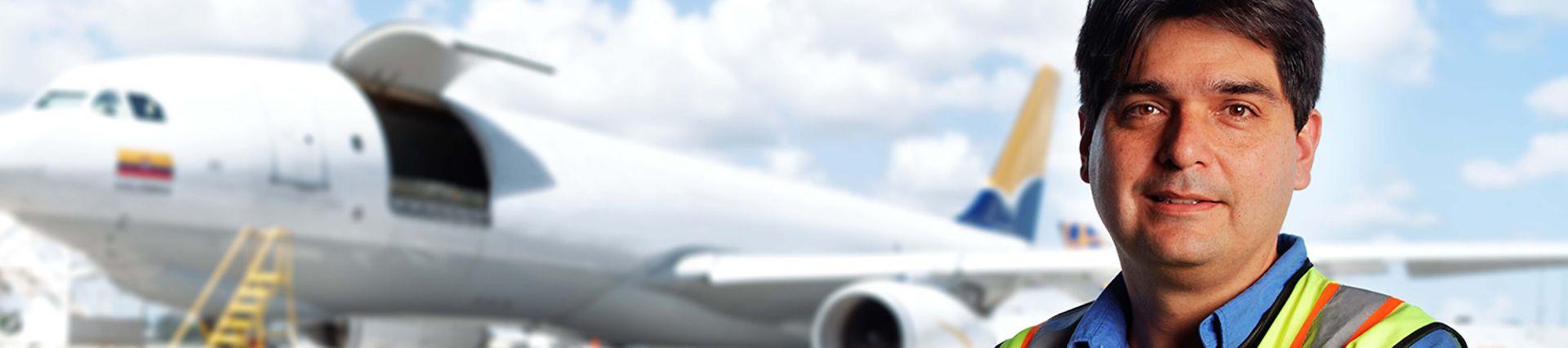 DB_Schenker_M14_Professional Blue White Collar Male_Airplane